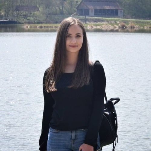 Raluca Marina's avatar