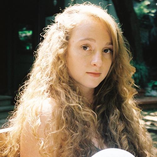 Emma Sameth's avatar