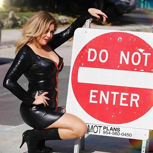 Mimi Sanchez7's avatar