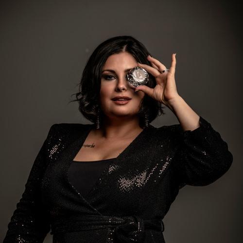 Chantal Hackett's avatar