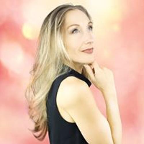 Angela Engelmann's avatar