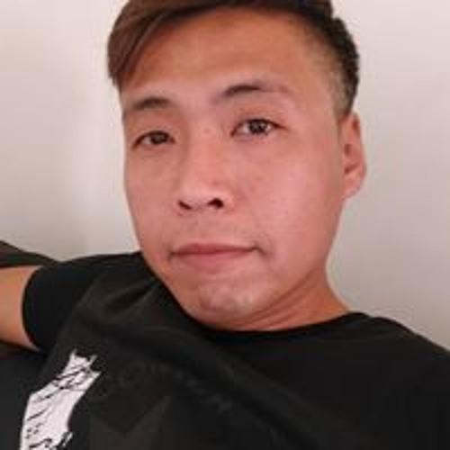 Wang Wayne's avatar
