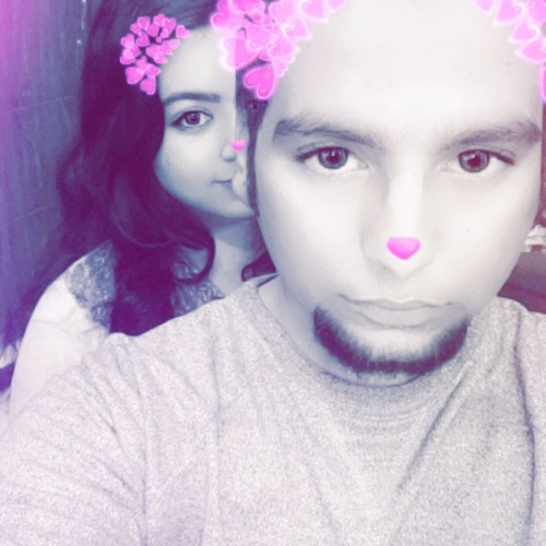 Komal Hamza's avatar