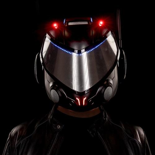 EJ's avatar