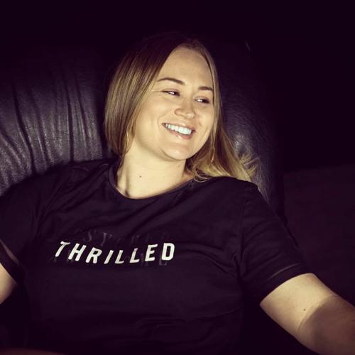 Shelley Davies's avatar