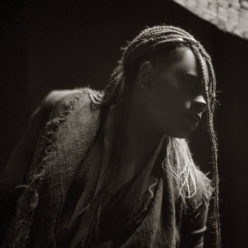 Shola Aurora's avatar