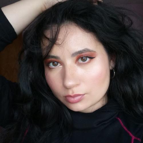 Anna Carter's avatar