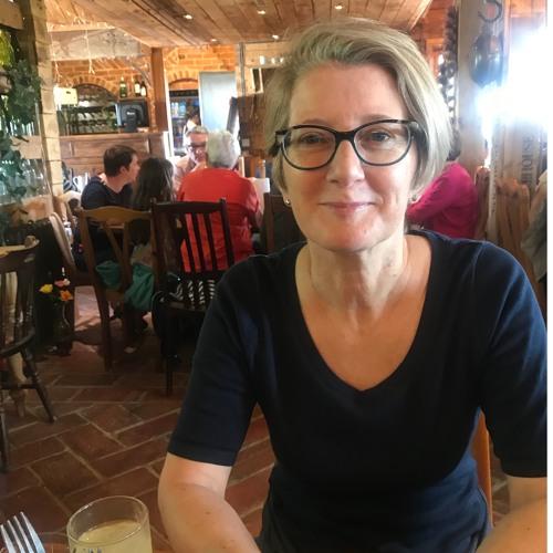 Karen Shaw's avatar