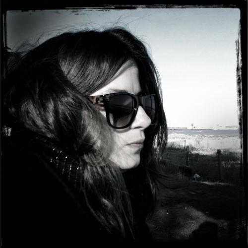 Krys Holden's avatar