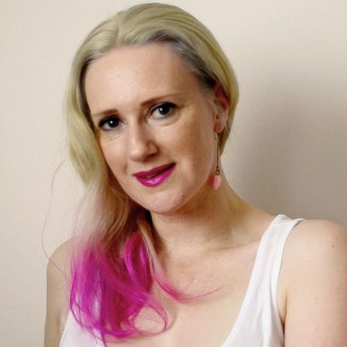 Nora Tol's avatar