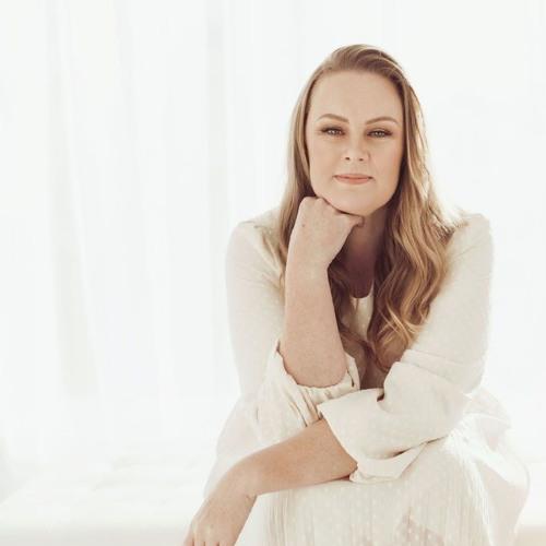 Alison Newman's avatar