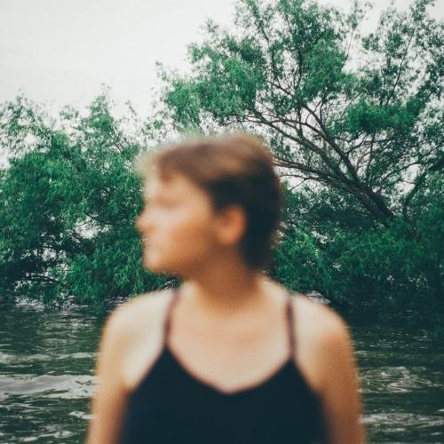 Lizzi Trumbore's avatar
