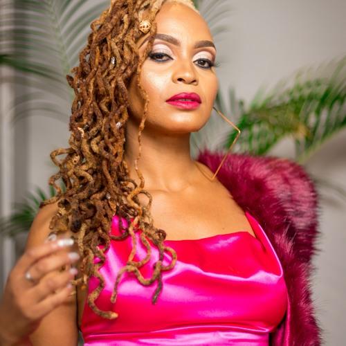 DJ Sue SA's avatar