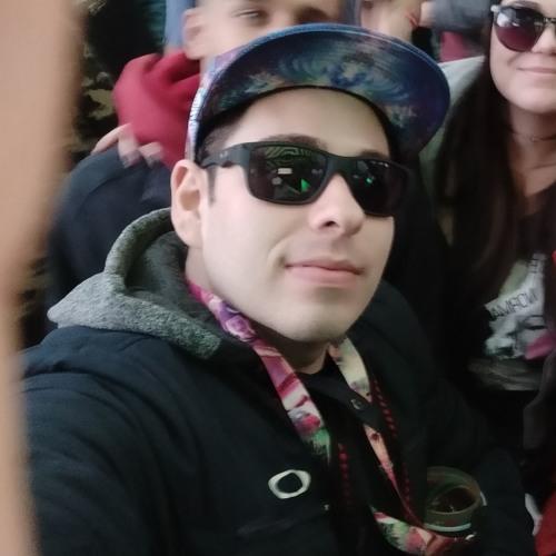 Kayan Sartori's avatar