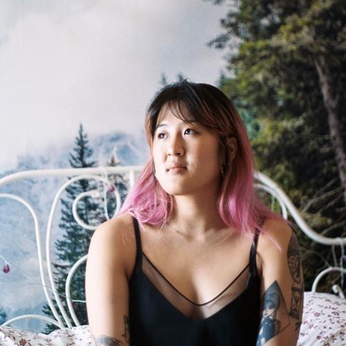 Kat Lee's avatar
