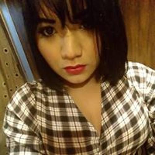 Dulce Paredes's avatar