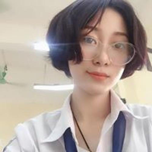 Lizy Jelly's avatar