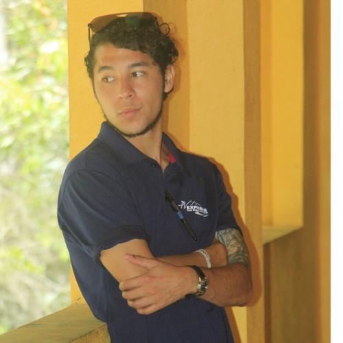 Adam Loquvam's avatar