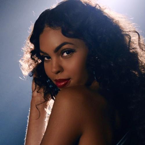 Kiara Lanier's avatar