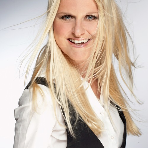 Gabriela Demeterova's avatar