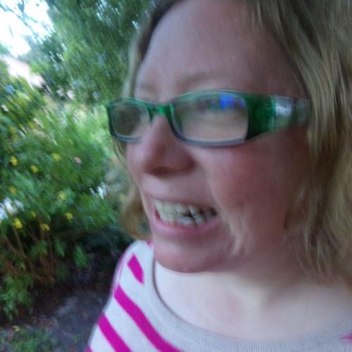 Jennifer Lawson's avatar