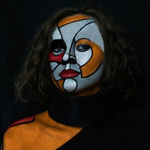 Christina's avatar