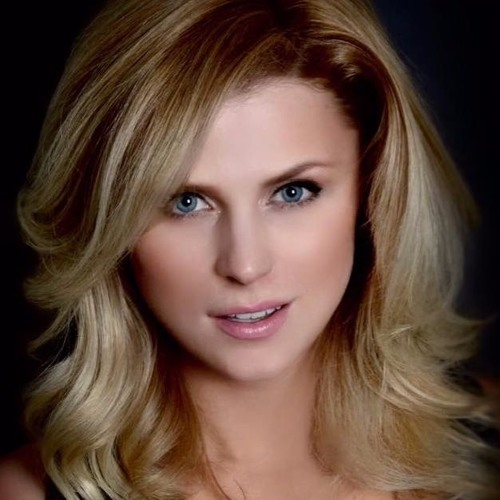 Amanda K. Morales's avatar
