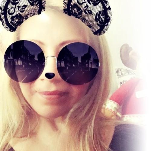 AnnaMaría's avatar