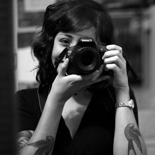 Luana Reis's avatar
