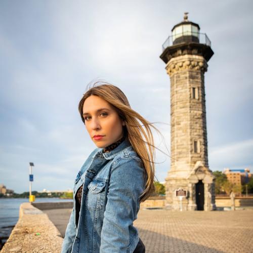 Eliana Gonzalez's avatar