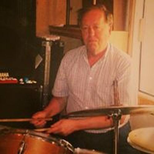 Glenn Geiger's avatar