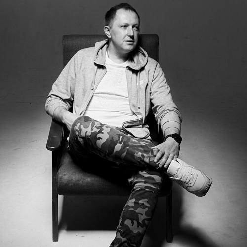 Denis Airwave's avatar