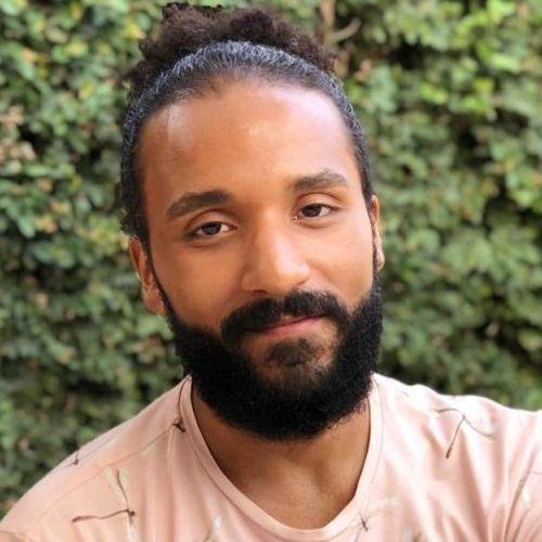 Lucas Pinangé's avatar