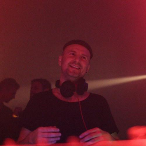 Konstantin Black's avatar