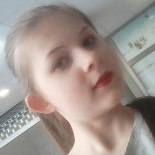Evie :3's avatar