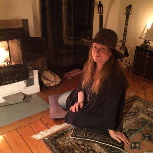 Paulina Hall's avatar
