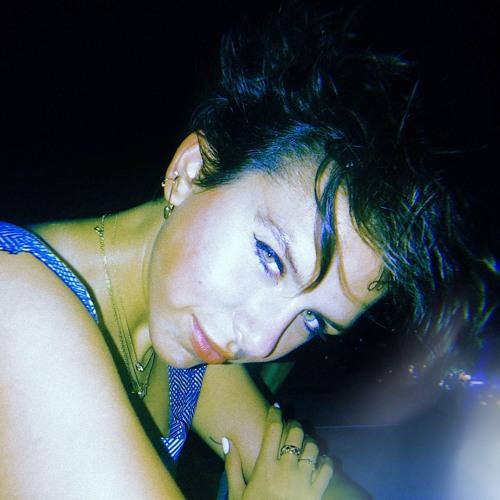 Kirsten Izer's avatar