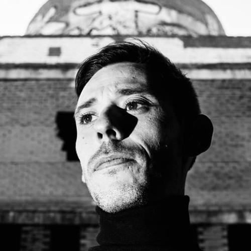 Karlos Molina's avatar