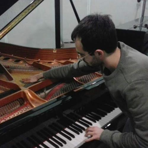 Daniele Ciminiello's avatar