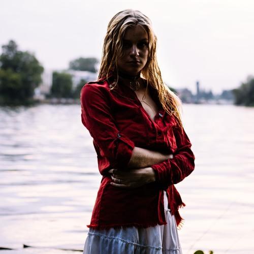 Ninskij Aino's avatar