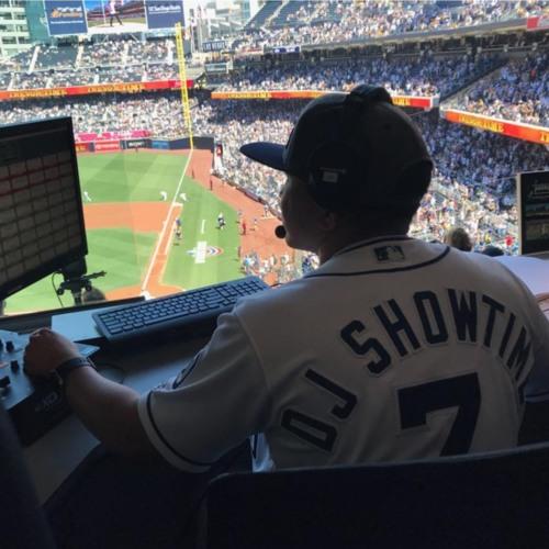 DJ Showtime™'s avatar