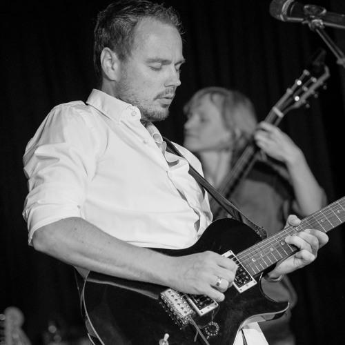 Chris Hillock's avatar