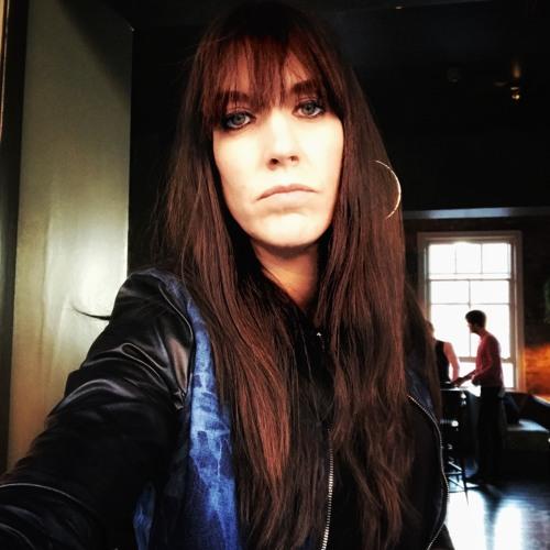 Emma Ellis's avatar