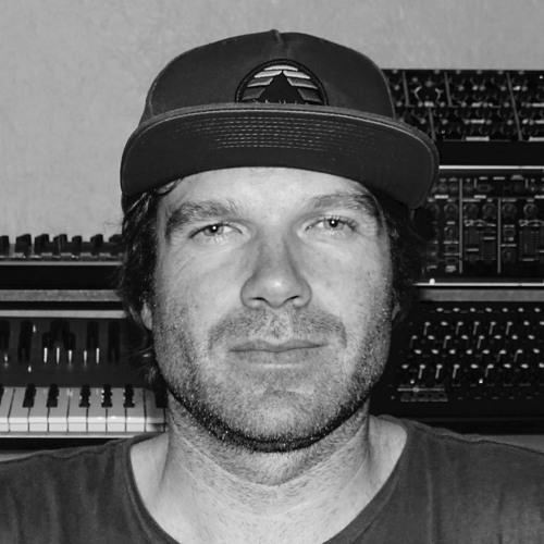 Carl Heenz's avatar