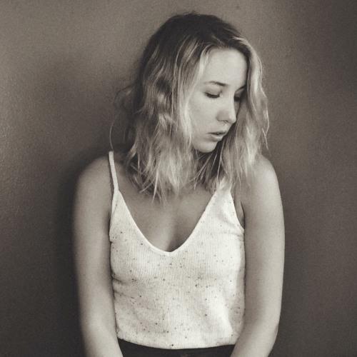 Martina Armour's avatar