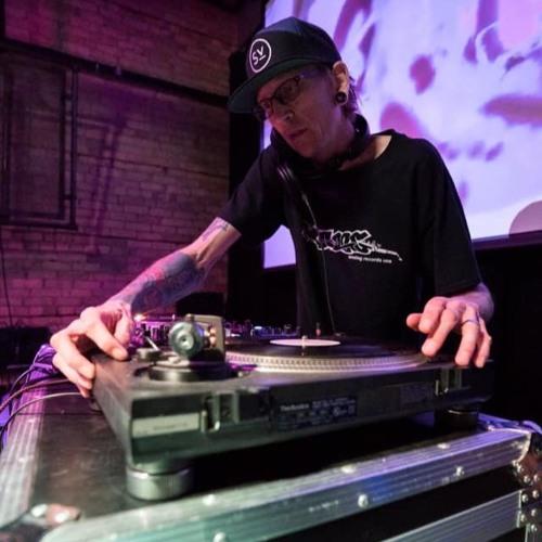 DJ Encounter's avatar