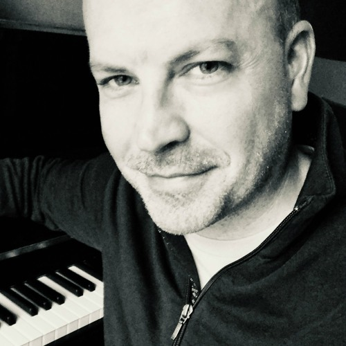 Rob Costlow's avatar