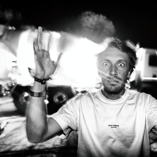 Yuksek's avatar