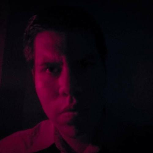Luis Posadas's avatar