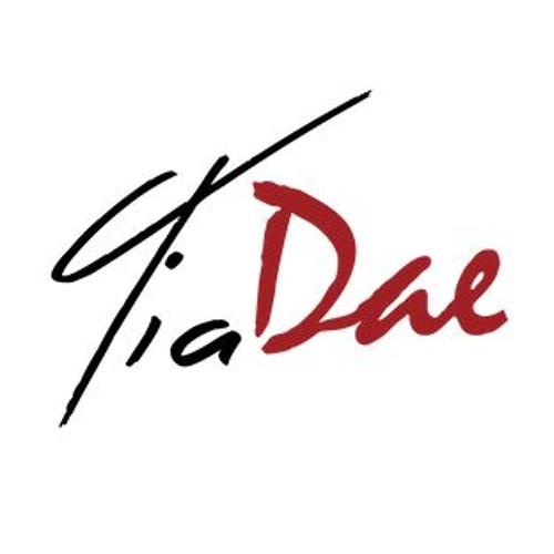 Tia DAE's avatar